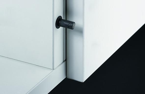 Push-to-open Magnet zum Einbohren HETTICH