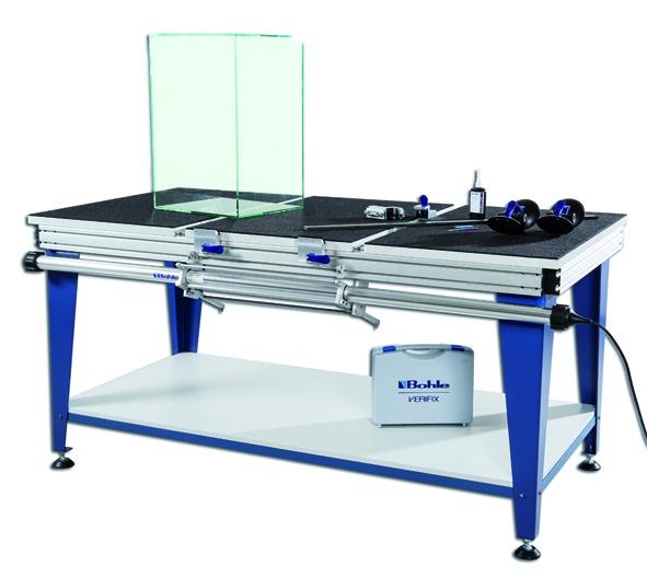 Glasklebetisch Deluxe Verifix® für die 45°/90° Verklebung